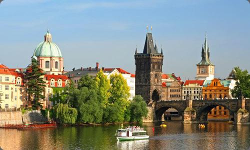 Arquitectura e historia se entrelazan en Praga