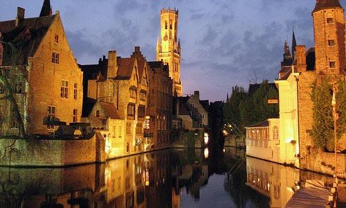 Brujas, un viaje a la Europa medieval
